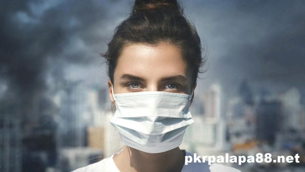 New Normal Ini Tips Jaga Kesehatan Kulit Wajah Meski Pakai Masker