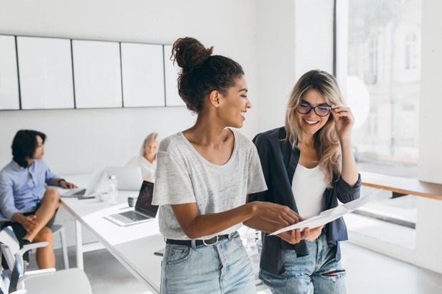 Alasan Seorang Bos Harus Mempertahankan Karyawan Introvert yang Berharga