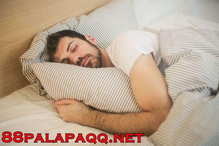 Tak Bisa Kembali Tidur saat Terbangun di Malam Hari, Ini Solusinya